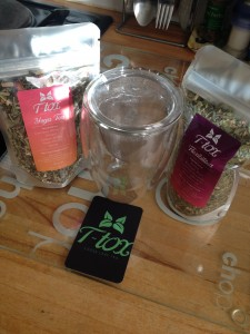Yoga Tea & Flexibilitea with Steeping Glass from T-tox