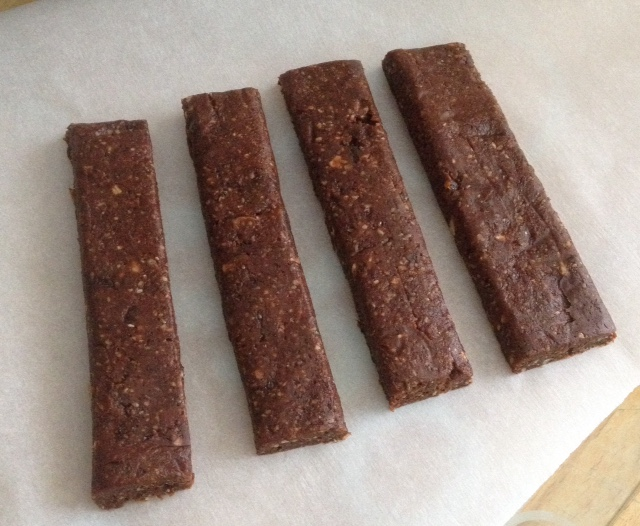 Make your own raw fruit nut bars adventures in yoga for Raw food bars uk